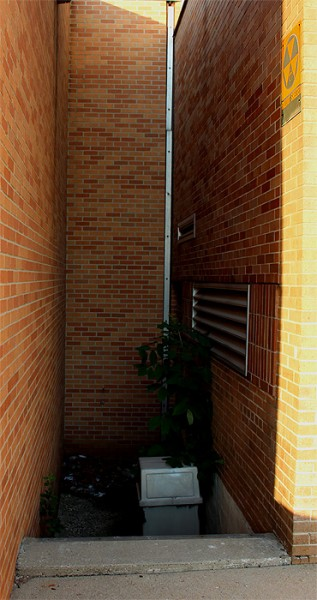 RightDoor_Corridor