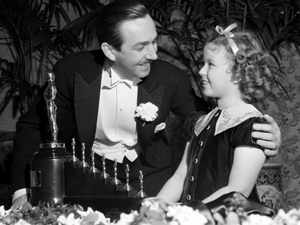 Shirley Temple gives a special Oscar for Walt signifying  the beginning of an empire.