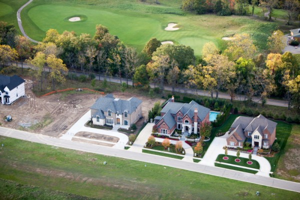 Golf Community Homes, Rochester Hills, MI. © 2015 Alex S. MacLean/New York Times