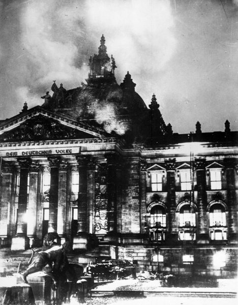 """Day 28 – The Reichstag Fire, """"Dangerous"""" Immigrants & Emergency Decrees"""